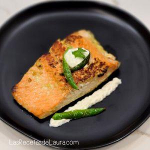Salmon al ajo
